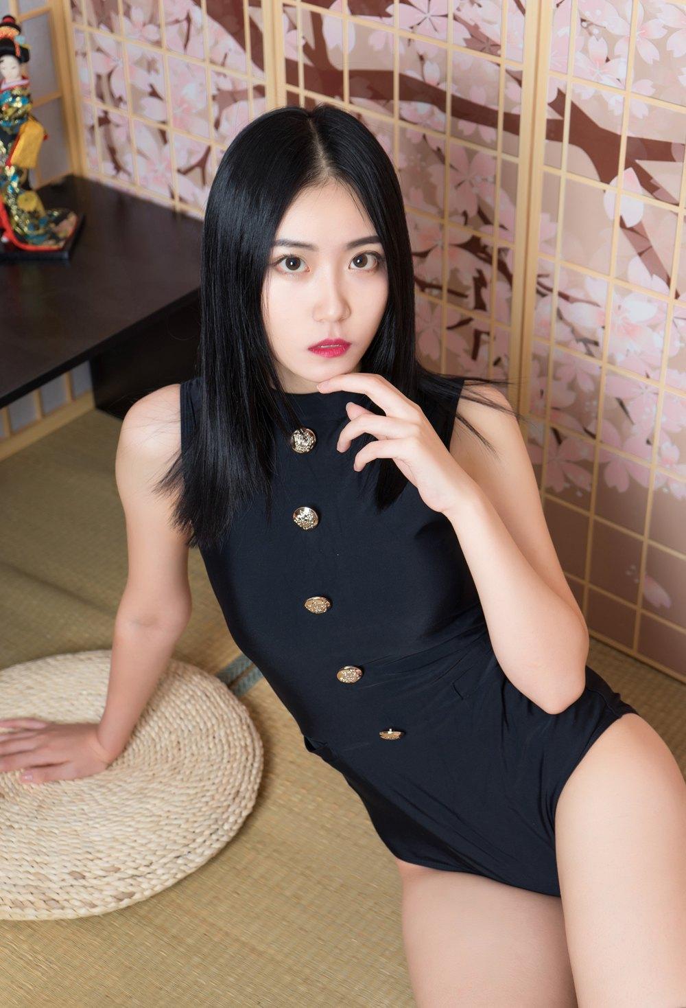 [喵糖映画] VOL.079 黑色制服的少女 [39P] -第1张